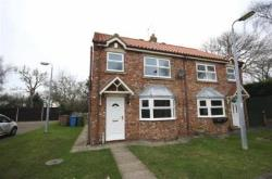 Semi Detached House To Let Staithes Lane Preston East Riding of Yorkshire HU12