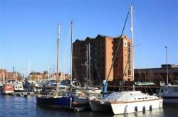 Flat To Let Kingston Street Hull East Riding of Yorkshire HU1