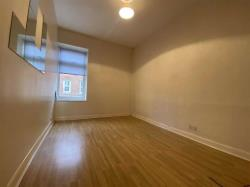 Flat To Let  City Centre East Riding of Yorkshire HU1