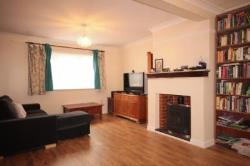 Terraced House To Let  Woodford Green Essex IG8