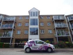 Flat For Sale  Luton Bedfordshire LU3