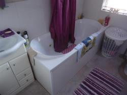 Semi Detached House For Sale Bradford BD12 7BN West Yorkshire BD12