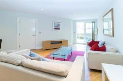 Flat To Let  Bow Greater London E3
