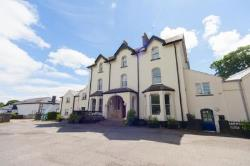 Terraced House To Let  tenby Pembrokeshire SA70