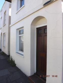 End Terrace House To Let  CANTERBURY Kent CT1