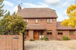 Detached House For Sale  Ashford Kent TN24