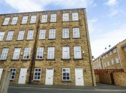 Terraced House For Sale  Heckmondwike West Yorkshire WF16