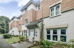 Flat For Sale  Hyde Derbyshire SK14