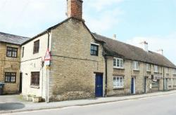 Terraced House For Sale  Witney Oxfordshire OX29