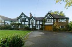 Detached House For Sale  Solihull Warwickshire B94
