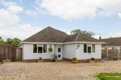 Detached Bungalow For Sale  Lymington Hampshire SO41