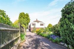 Detached House For Sale  Maidstone Kent ME18