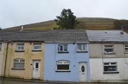 Terraced House For Sale  Bridgend Bridgend CF32