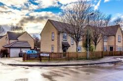 Detached House For Sale  Swindon Wiltshire SN2