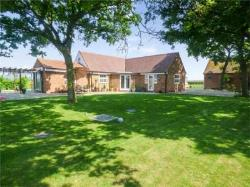 Detached Bungalow For Sale  Tewkesbury Gloucestershire GL20