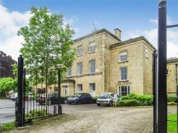 Flat For Sale  Cirencester Gloucestershire GL7