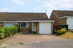 Semi Detached House For Sale  Luton Bedfordshire LU2