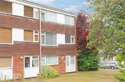 End Terrace House For Sale  Dunstable Bedfordshire LU6