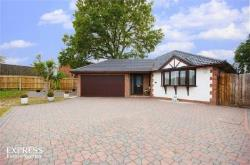 Detached Bungalow For Sale  Ferndown Dorset BH22