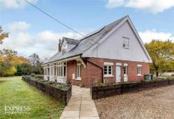 Detached House For Sale  Tonbridge Kent TN12