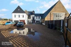 Terraced House For Sale  Margate Kent CT9
