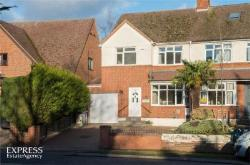 Semi Detached House For Sale  Bedford Bedfordshire MK45