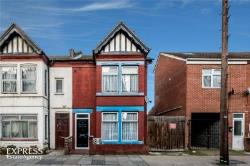 End Terrace House For Sale  Luton Bedfordshire LU1