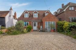 Detached House For Sale  Romford Essex RM4