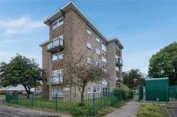 Flat For Sale  Walton on the Naze Essex CO14
