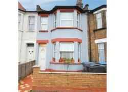 Terraced House For Sale  London Greater London N18