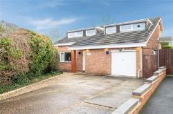 Detached House For Sale  Rushden Bedfordshire NN10