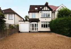 Detached House For Sale  Potters Bar Hertfordshire EN6