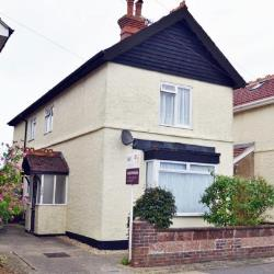 Flat For Sale New Bosham Chichester West Sussex PO18