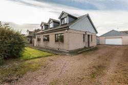 Detached House For Sale  Dundee Angus DD4