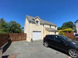 Detached House For Sale  Newcastle Emlyn Ceredigion SA38