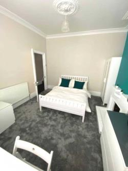Room To Let  London Greater London SE8