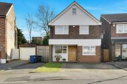 Detached House For Sale  London Greater London N11