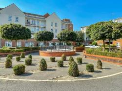Flat For Sale  London Greater London N20