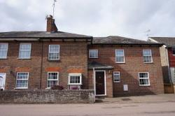 Semi Detached House To Let  Tring Hertfordshire HP23