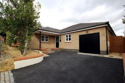 Detached Bungalow To Let  Wellingborough Bedfordshire NN29