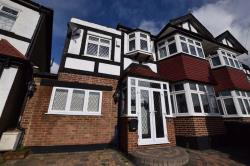 Semi Detached House To Let  Chingford Greater London E4