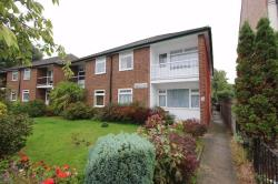 Flat To Let Heathcote Grove Chingford Greater London E4