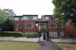 Flat To Let Larkshall Road Chingford Greater London E4
