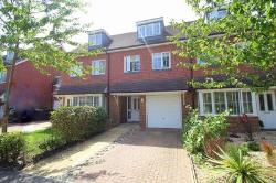 Terraced House To Let  Cuckfield West Sussex RH17