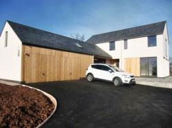 Detached House To Let   Torfaen NP4