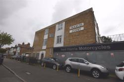 Flat To Let Chingford Mount Road Chingford Greater London E4