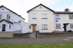 Semi Detached House To Let  Chingford Essex IG8