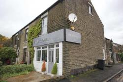 Flat To Let  Oldham Greater Manchester OL3