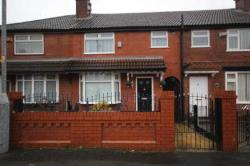 Terraced House To Let  Manchester Greater Manchester M43