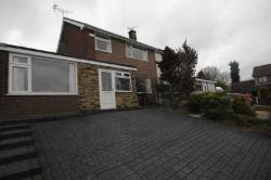 Semi Detached House To Let  Glossop Derbyshire SK13